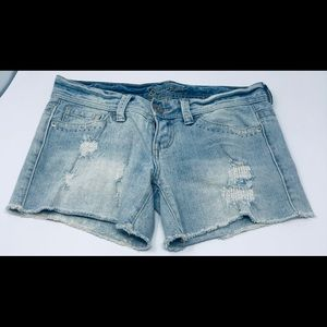 Guess Shorts - Guess Jean Cut Off  Shorts Size 27 Misses